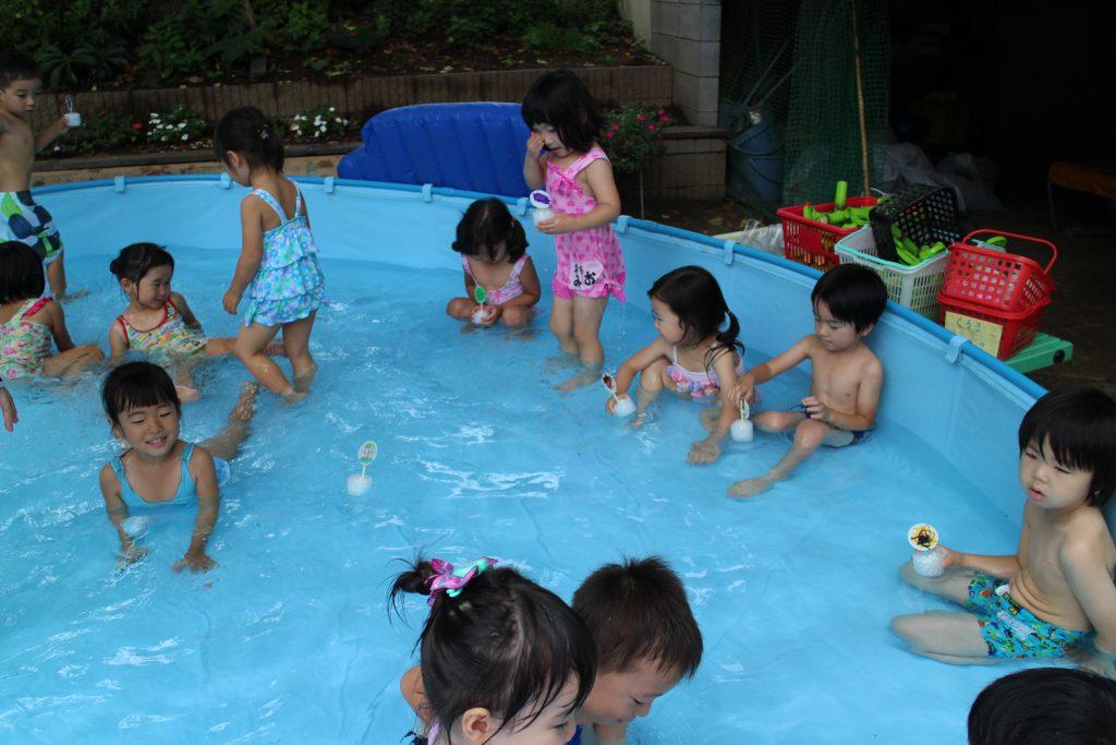 年少 大型プール