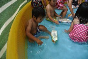 年少 初めてのプール