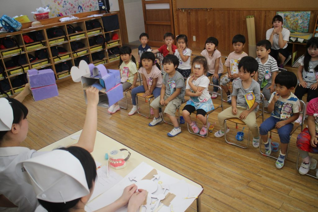 子育てカフェ「子どもの心を満たす方法を考える」
